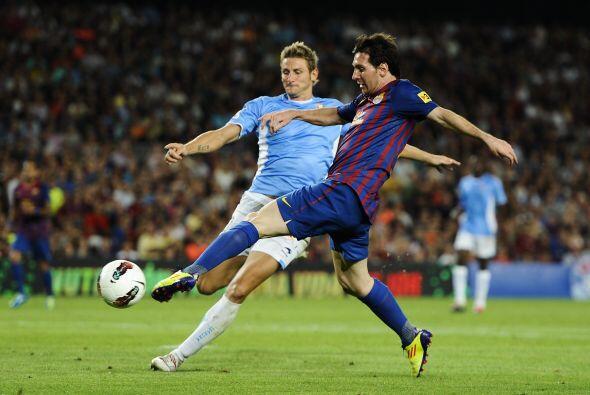 Los jugadores del Osasuna no pudieron ante el poder ofensivo del Barcelo...