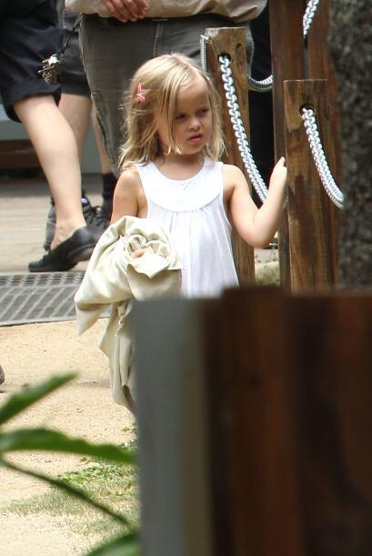 La adorable Vivienne estuvo muy atenta. Mira aquí los videos m&aa...