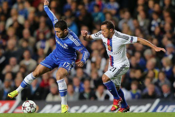 Chelsea también jugaba como local y enfrentaba al Basilea suizo.