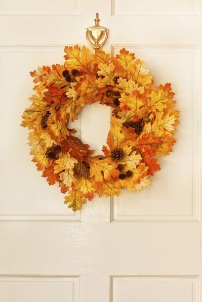 Decorados naturales. Do It Yourself propone recojer hojas, flores y rama...