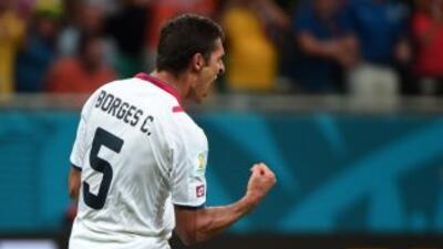 Celso Borges hizo un doblete ante Corea del Sur.