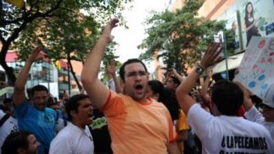 Estudiantes venezolanos pusieron fin a su huelga de hambre y anunciaron...