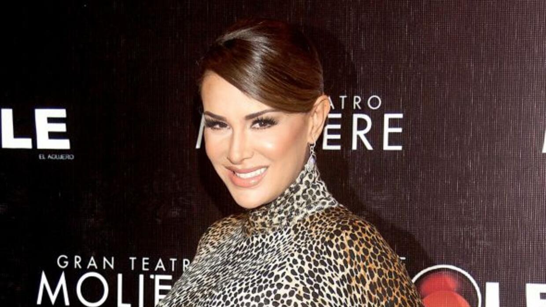La actriz volverá a los escenarios teatrales en México.