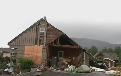 Al menos 6 mil hogares sin electricidad en Oregón por intensa tormenta