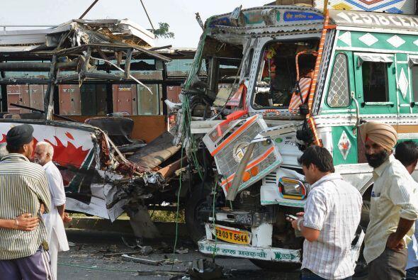 India tiene el mayor número de muertos en accidentes de carretera...