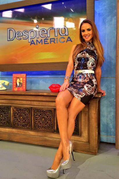 """""""Una fotico del look de hoy en @DespiertaAmeric LOS QUIERO Y FELIZ..."""