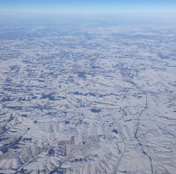 """""""Esas no son #nubes es la #nieve que cubre la zona de #Chicago. Vis..."""