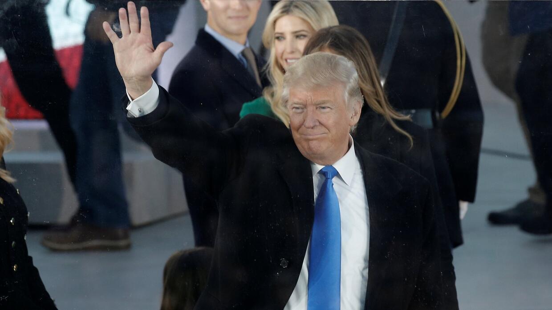 Trump firmaría este viernes sus primeras órdenes ejecutivas sobre inmigr...