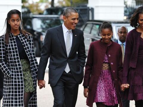 Las hijas de Michelle Obama están siguiendo sus pasos y durante una visi...