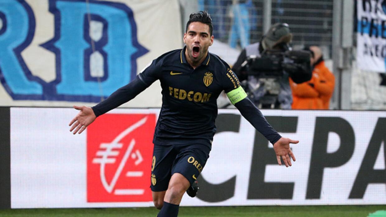 El Mónaco golea en Marsella (1-4) y toma el liderato