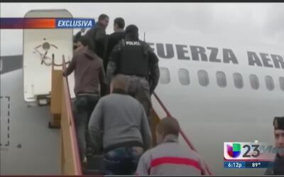 Cubanos deportados desde Ecuador dicen que fueron engañados