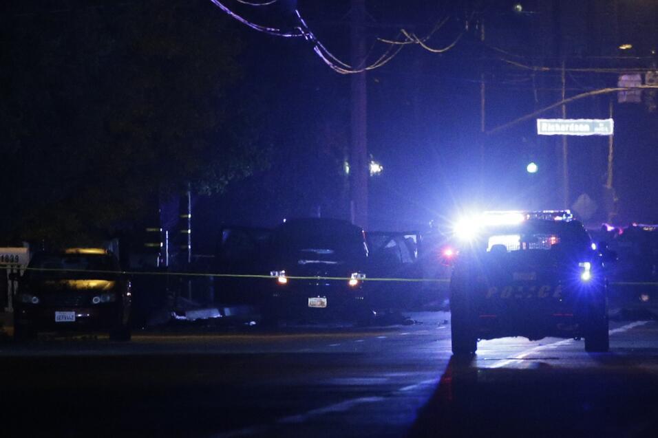 Hispanos consternados por tiroteo en California  sanbernardino3.jpg