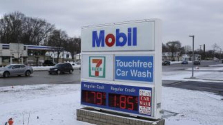 Desde junio los precios del petróleo han caído un 40% y los precios de l...