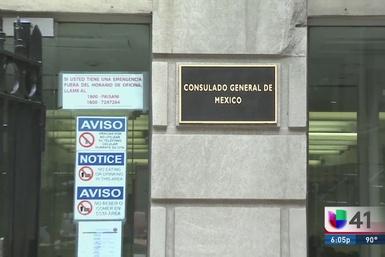 Huelga en Consulado de México en NY