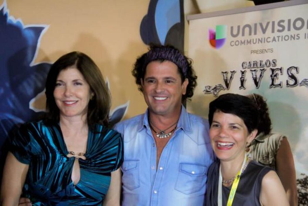 Carlos Vives con Claudia Puig de Univision Radio Miami