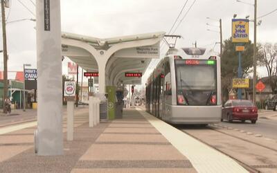 Abrirán al público la nueva extensión del tren ligero de Houston