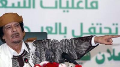 Gadafi, de 68 años, en el poder desde 1969, pronunció un discurso en el...
