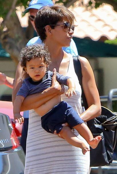 Maceo-Robert es su primer hijo al lado de Olivier Martinez.