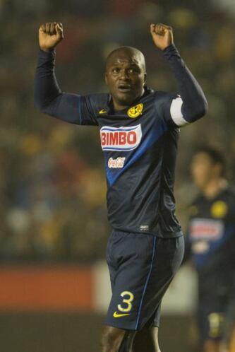 Aquivaldo Mosquera  País de Origen: Colombia  Equipo: América  El zaguer...
