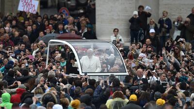 El Papa recibió a inmigrantes en el Vaticano