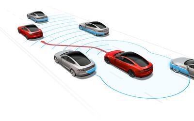 Autopilot en acción: El sistema es capaz de cambiar de canal cuan...