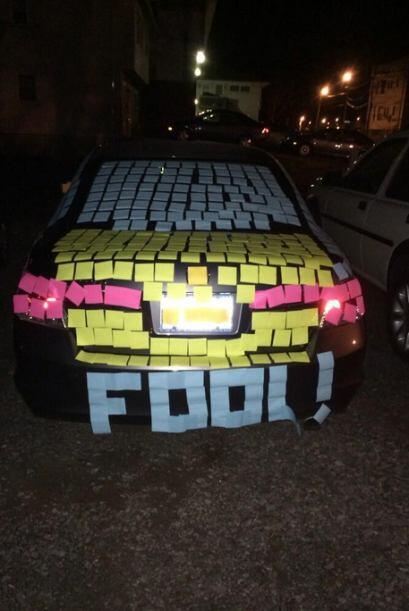 ¿Te han llenado el carro con papelitos?