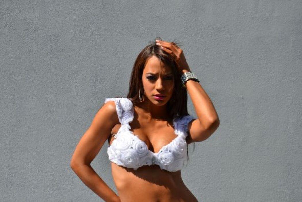 Es momento de presentar la sensualidad de Gefranny Lara. ¡Sólo mírala!