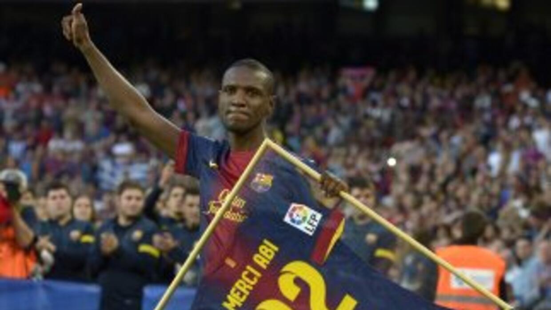 Abidal, durante su despedida en el Camp Nou.