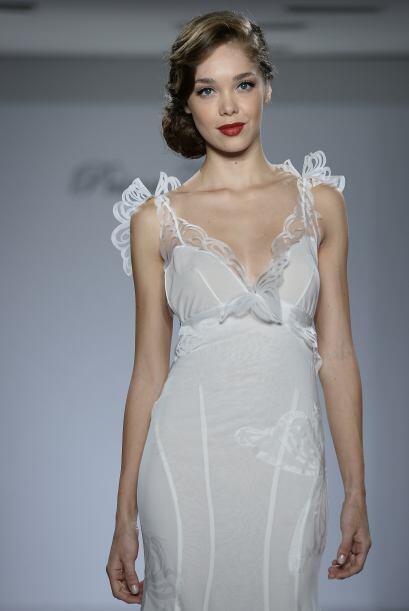 El romanticismo es un estilo que se puede combinar con sensualidad o mod...
