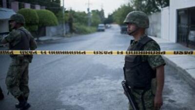 Miembros del Ejército mexicano catearon una casa donde hallaron instrume...