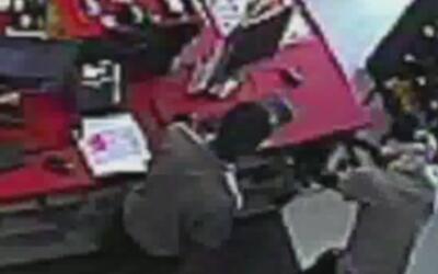 Autoridades piden ayuda para identificar a un ladrón que robó todo el di...