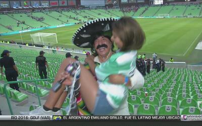 Kevin Arnulfo se fue al Estadio Corona a ver el Santos vs Chivas