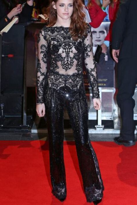 """Kristen Stewart da más miedo con su ropa que con su papel de """"chupasangre""""."""