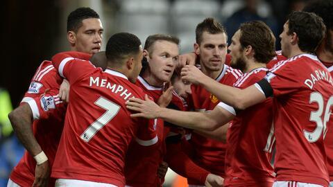 Manchester United no puede ligar triunfos en la Premier