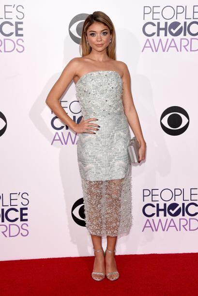 Sarah Hyland fue una de las mejores vestidas gracias a ese bello vestido...