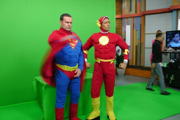 ¿Qué tal la tranformación? Alan y Johnny listos para demostrar su fuerza...