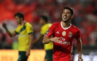 Benfica, Pacos Ferreira