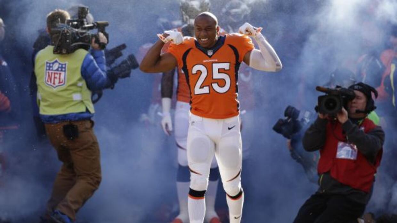 Los Broncos enfrentarán a Tom Brady sin uno de sus mejores esquineros en...