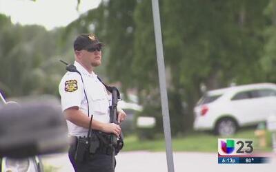Buscan hombre que disparó a anciana en medio de robo