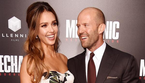 Cupido hizo de las suyas: Jason Statham fue flechado por Jessica Alba