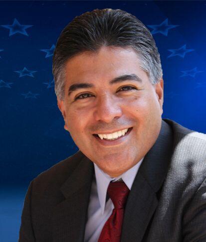"""""""1 de 11"""" California-D29: Rep.Tony Cárdenas (D) Es miembro del Co..."""