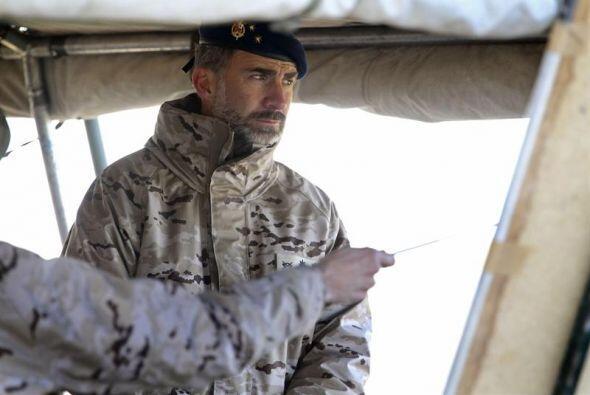 Después del ejercicio, a las 12.55 horas, el Príncipe Felipe se trasladó...