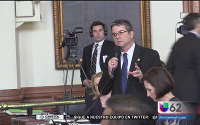 Senadores debaten la aprobación de la propuesta de ley SB4