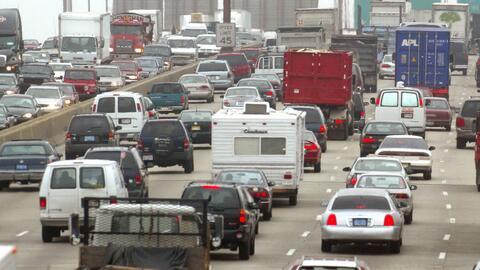 Millones de personas se están movilizando por carretera para las fiestas...