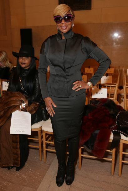 Mary J Blige no dejó de posar para todas las cámaras que s...
