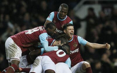 West Ham venció 2-1 al Liverpool