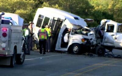 Solo los conductores sobrevivieron al trágico accidente entre una camion...