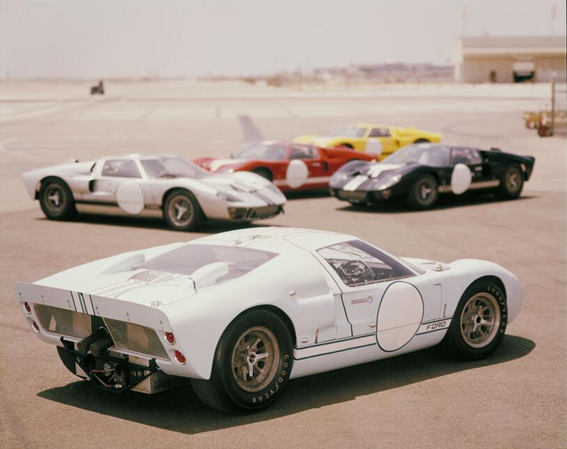 Ford v. Ferrari: La enemistad que creó una leyenda 1966-Ford-GT-Mark-II-...