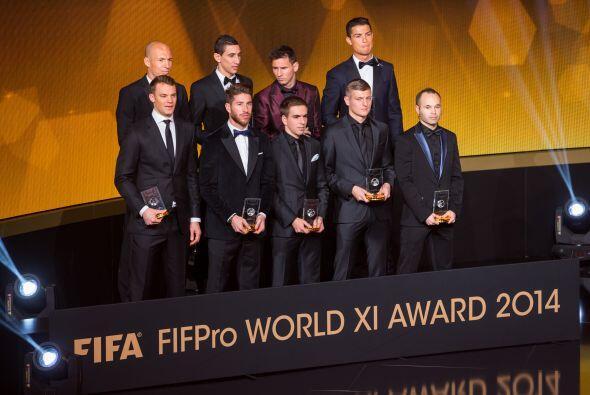Thiago Silva y David Luiz fueron los grandes ausentes en la premiación a...