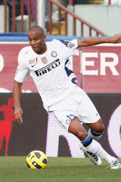 Lateral derecho: Maicon (Brasil/Inter de Milán).